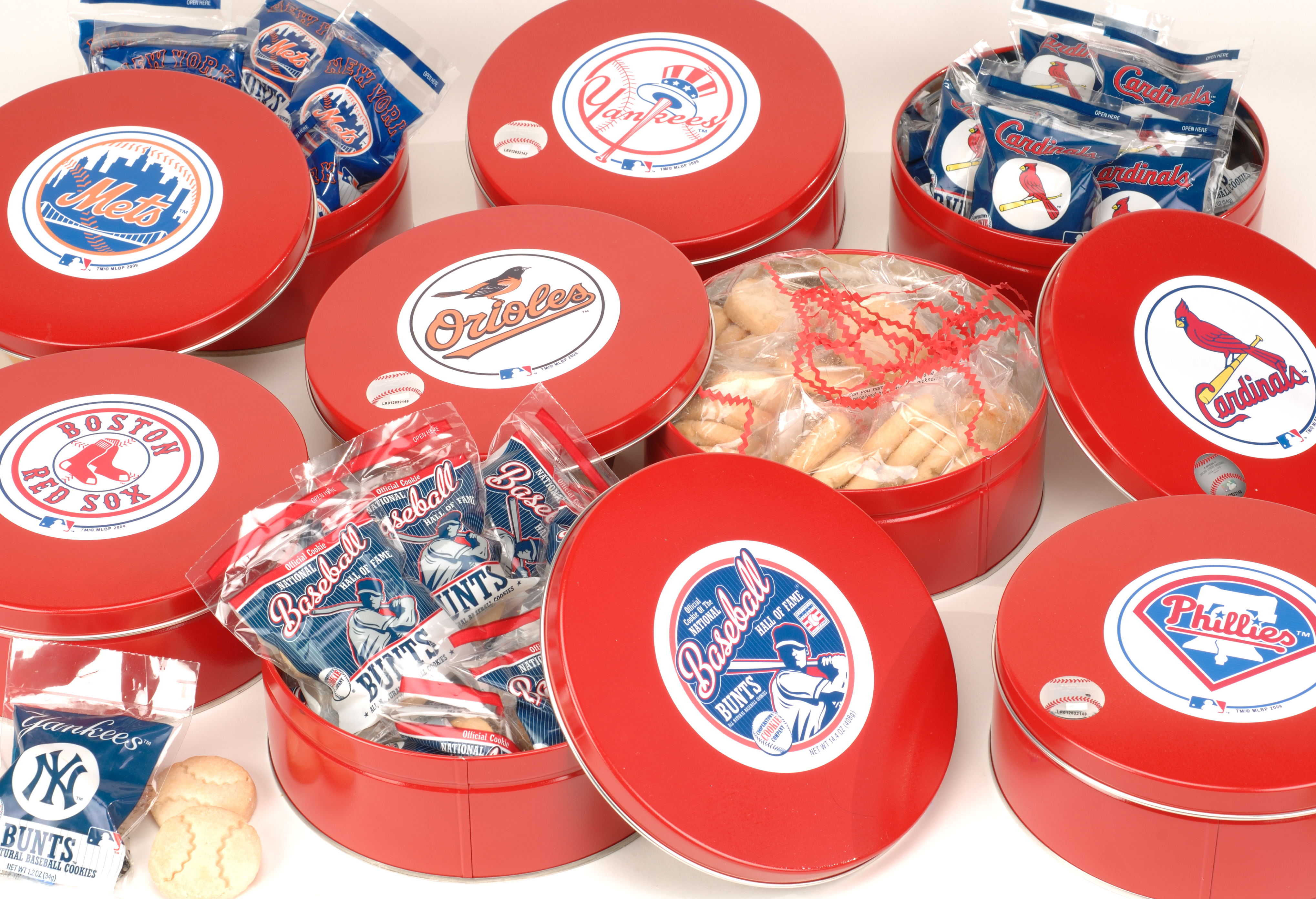 We have baseball cookie tins that celebrate your favorite MLB team